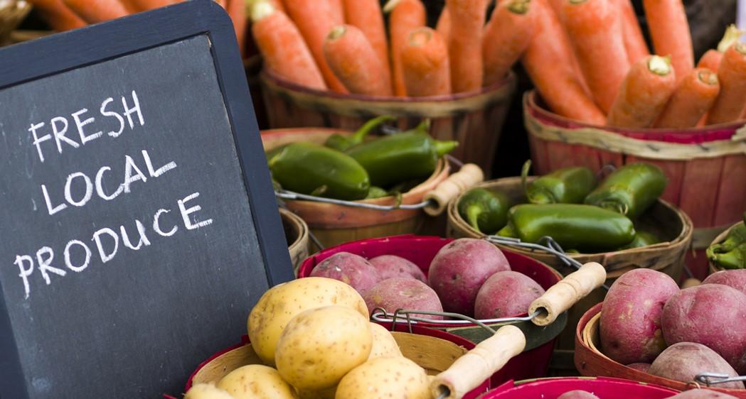 Eat local & seasonal food