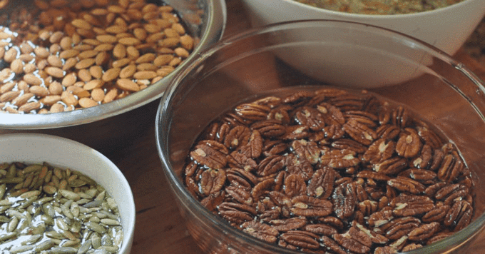 5 benefits of soakingnuts